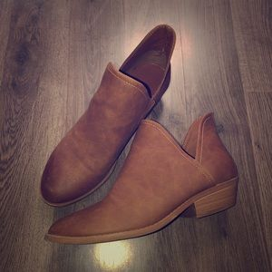 Brown Casual V Cut Ankle Boots